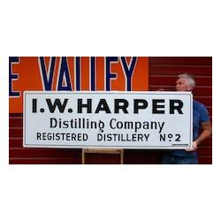 Iw Harper