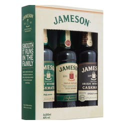 Jameson Reserves 'Trilogy' Irish Whiskey Gift Pack 200ml image