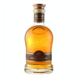 Dewar's 'Signature' 750ml Blended Scotch Whisky image